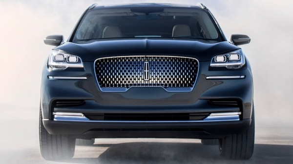 Lincoln Aviator (2020) Soon ready to fight Range Rover