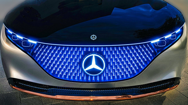 Mercedes-Benz Vision EQS – Next-Gen S-Class