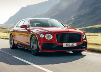 Новый Bentley Flying Spur: версия с мотором V8