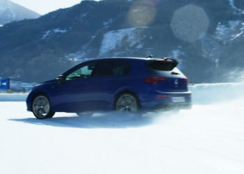 VW Golf R 2021 – Test Drive on Snow Track